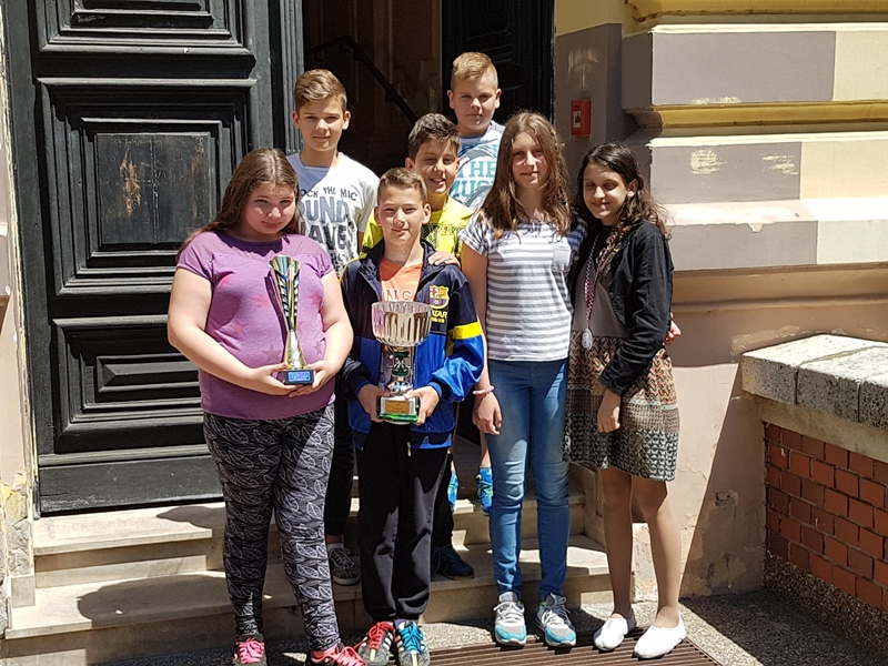 Osnovna Skola Ivana Gorana Kovacica Vinkovci Naslovnica